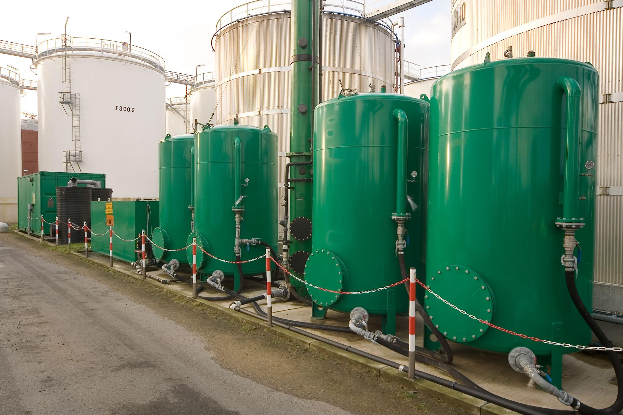 Complex water purification in Antwerp (B)